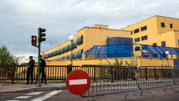 Vista exterior del centro de internamiento de extranjeros en Aluche, Madrid