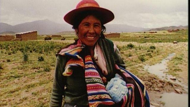 Madre boliviana indígena
