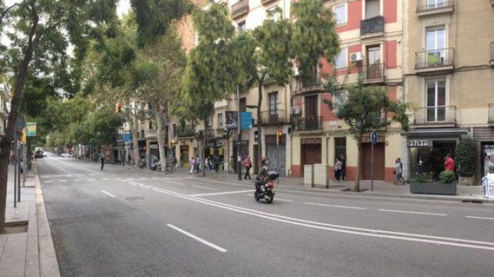 Calles vacías en Barcelona durante la jornada del paro general.