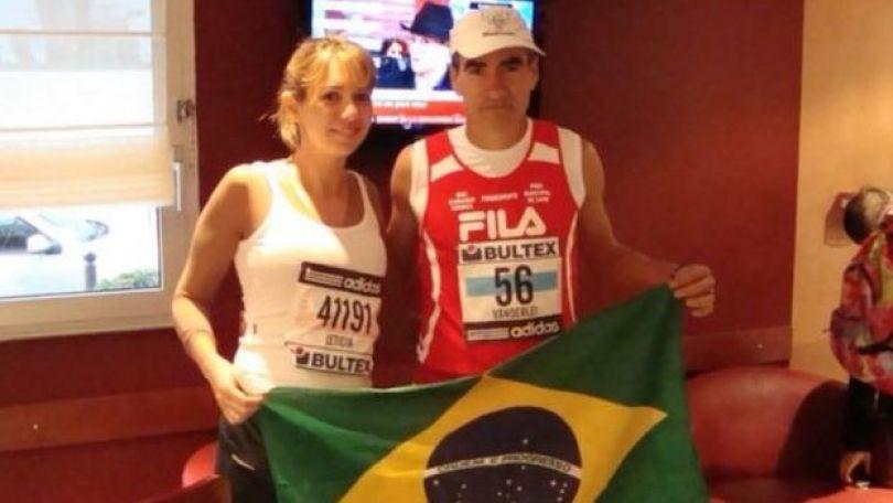 Franco com um colega de corrida em Cuiabá