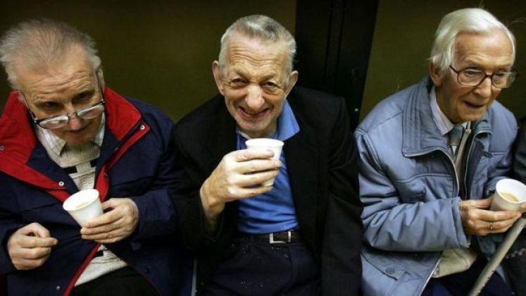 مسنون في عمر التقاعد
