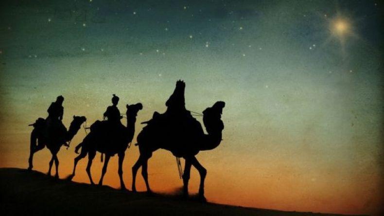 Reyes Magos en camellos