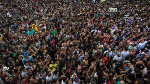 Multidão no Carnaval em Sã Paulo