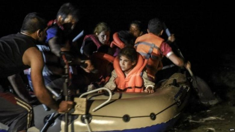 Migrants set off from Bodrum in Turkey on the short sea crossing to Kos - 16 August