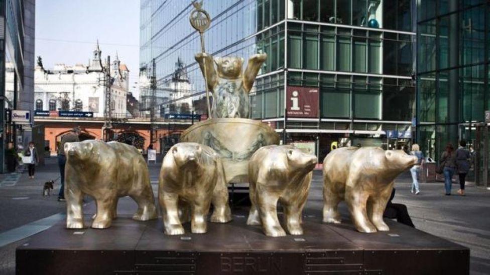 تماثيل من الدببة في ألمانيا