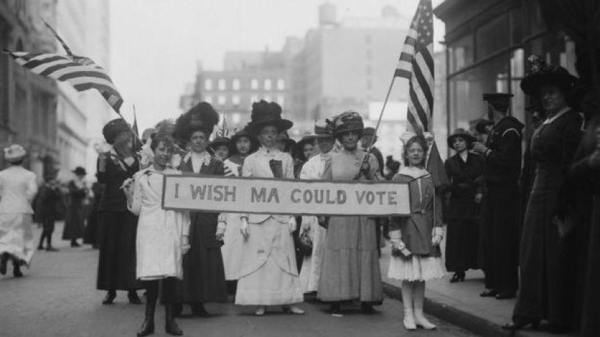 Protestos das sufragistas pelo direito de votar nos Estados Unidos em 1913