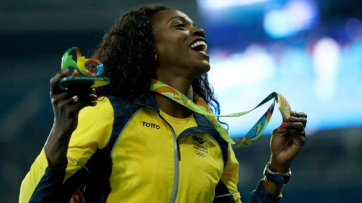 Ibargüen con su medalla de oro en Brasil