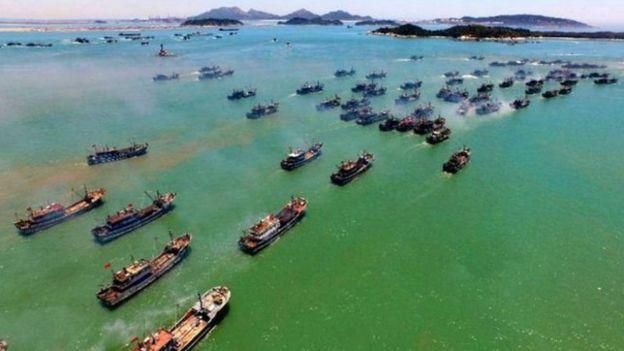 Tàu đánh cá Trung Quốc ra khơi (ảnh minh họa)