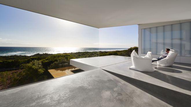 Villa Marittima, St Andrews Beach, Victoria, 3941 Australia by Robin Williams Architect