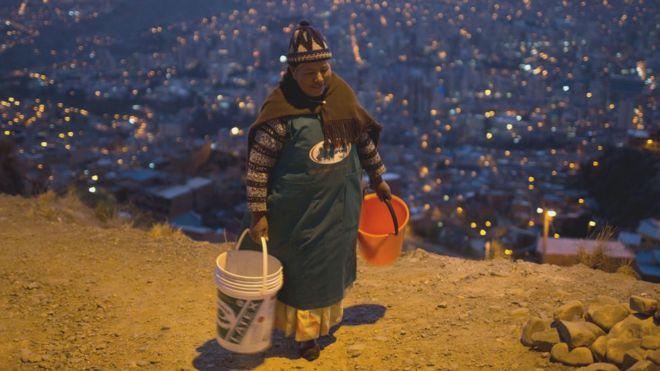 El racionamiento de agua en La Paz ya va en su segunda semana.