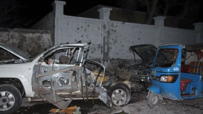 Destroyed vehicles in front of Banadir beach restaurant at Lido beach in Mogadishu, Somalia, 25 August 2016