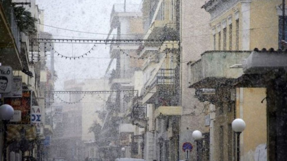 Snow falling on the Greek island of Argos, 7 January 2017