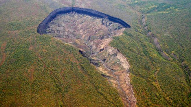 Vista aérea da cratera Batagaika