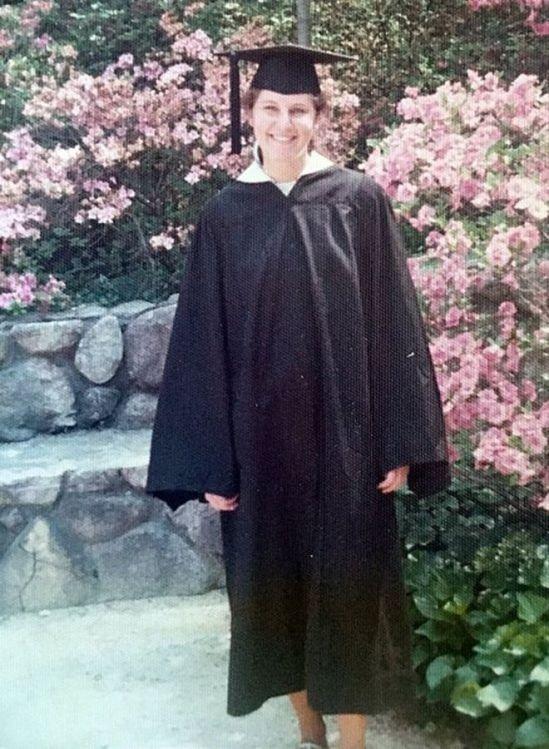Maryann Gray em foto de 1975, ao se formar na Universidade de Duke