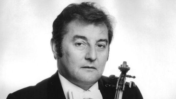 Violinist Reginald Hill