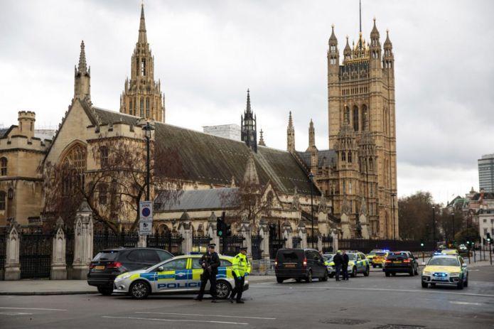 محوطه پارلمان در لندن