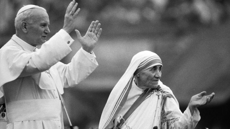 Mother Teresa and Pope John Paul II waving to well-wishers at the Nirmal Hriday Home, in Kolkata (1986 file pic)