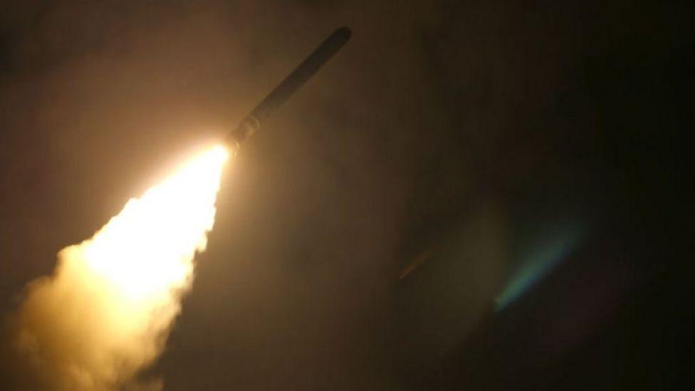 Un misil estadounidense se dirige contra objetivos en Siria