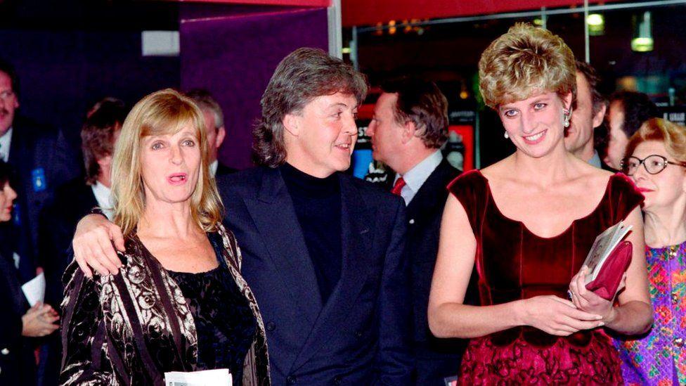 """1992 год, с Линдой и Полом Маккартни. Принцесса Диана пришла послушать ораторию """"Ливерпуль"""", которую написал Пол"""