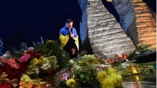У памятника жертвам Голодомора