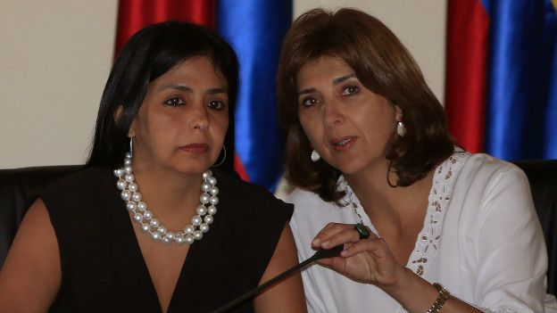 Delcy Rodríguez y María Ángela Holguín
