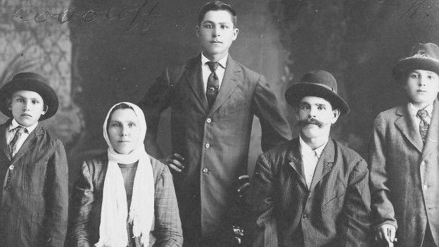 Una familia de inmigrates rusos en Hawái