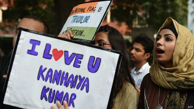 कन्हैया कुमार के समर्थन में लोग