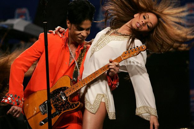 Muchas de las letras de las canciones de Prince hablan de sensualidad y erotismo.
