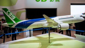 中國商飛C919飛機模型(資料圖片)