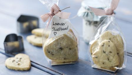 https://i1.wp.com/ichef.bbci.co.uk/food/ic/food_16x9_448/recipes/lavender_shortbread_43952_16x9.jpg