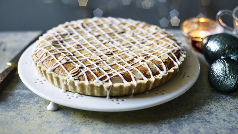 Christmas Bakewell tart with cranberry frangipane