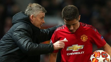 Ander Herrera Set To Leave Manchester United For Paris St-Germain - BBC  Sport