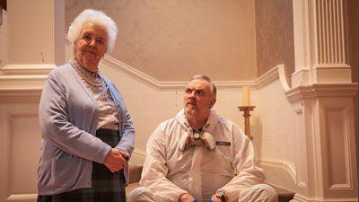 Vivien (Stephanie Cole), Paul 'Wicky' Wickstead (Greg Davies)