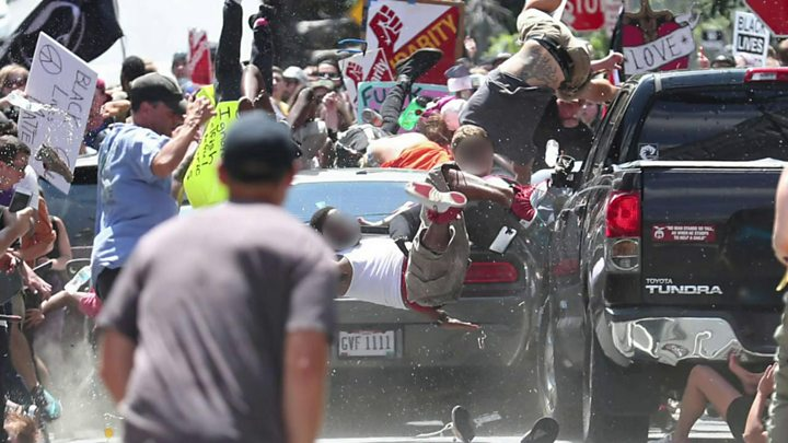 Charlottesville: Trump criticised over response to far-right - image  on http://us-news.net