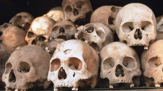 Khmer Rouge prison commander Comrade Duch dies 2