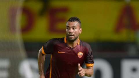 Good luck @TheRealAC3. We wish you all the best in the future asroma.com/en/news/2016/1…