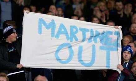 roberto martinez banner
