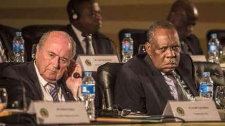Fifa president Sepp Blatter (left) and CAF president Issa Hayatou