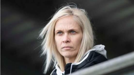 Scotland: Shelley Kerr is stepping down as head coach