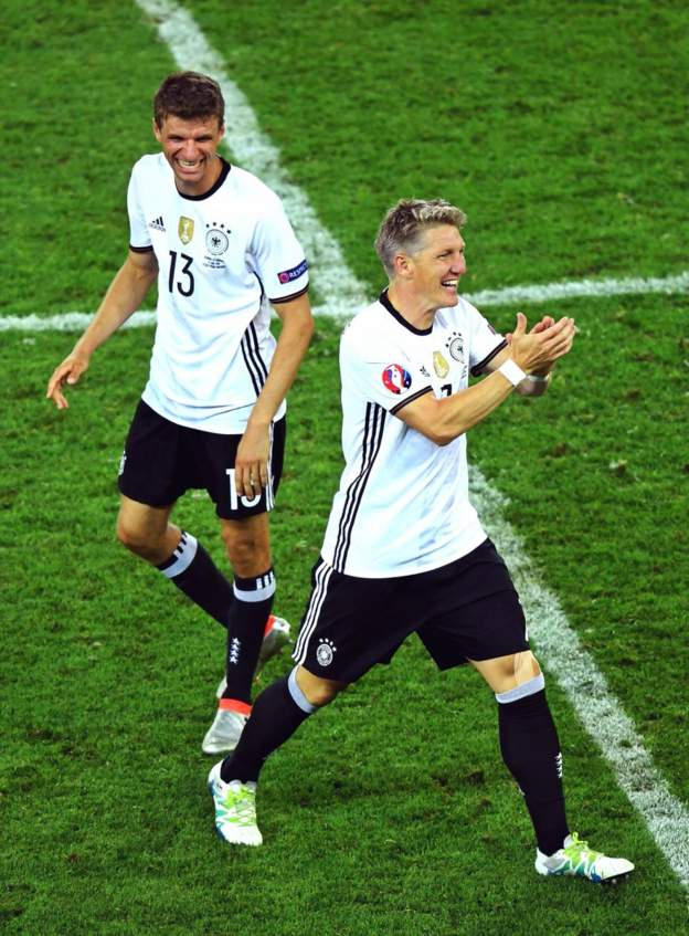 Tomorrow's the day! I'm really looking forward to a special evening with the @DFB_Team and our fans 🇩🇪