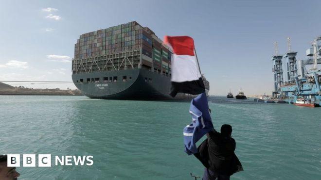 Suez Canal: Ships begin sailing through cleared waterway #world #BBC_News
