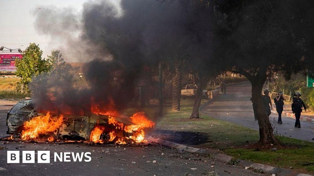 Israel pronounces emergency in Lod as unrest spreads