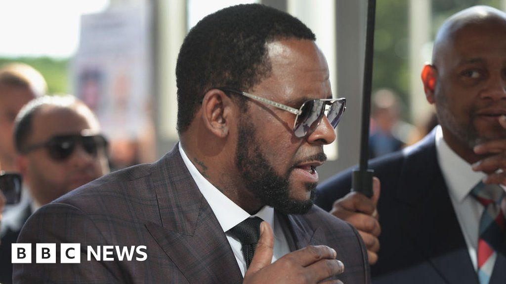 , R Kelly lawyer compares him to Martin Luther King, The Evepost BBC News
