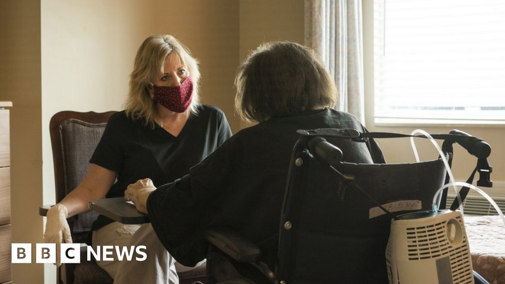 Coronavirus: Care home visits 'delayed' over lack of testing