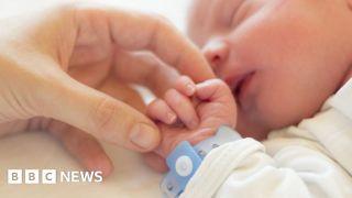 Coronavirus: Mothers 'unlikely to infect newborns'