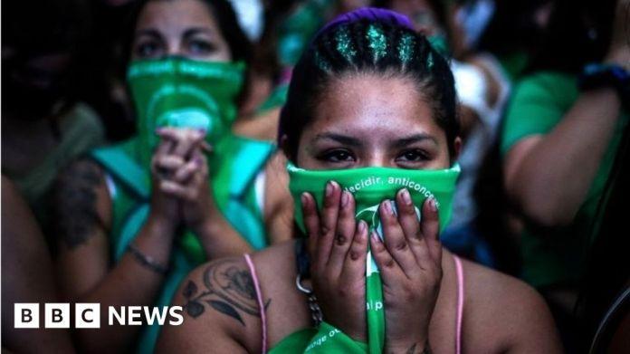 116295879 mediaitem116294782 अर्जेंटीना गर्भपात: कानूनीकरण पर मतदान करने के लिए सीनेट