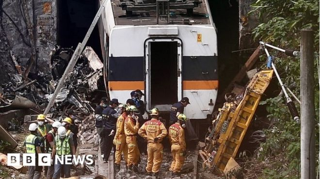 Taiwan train crash: Lorry boss offers 'deep remorse' #world #BBC_News
