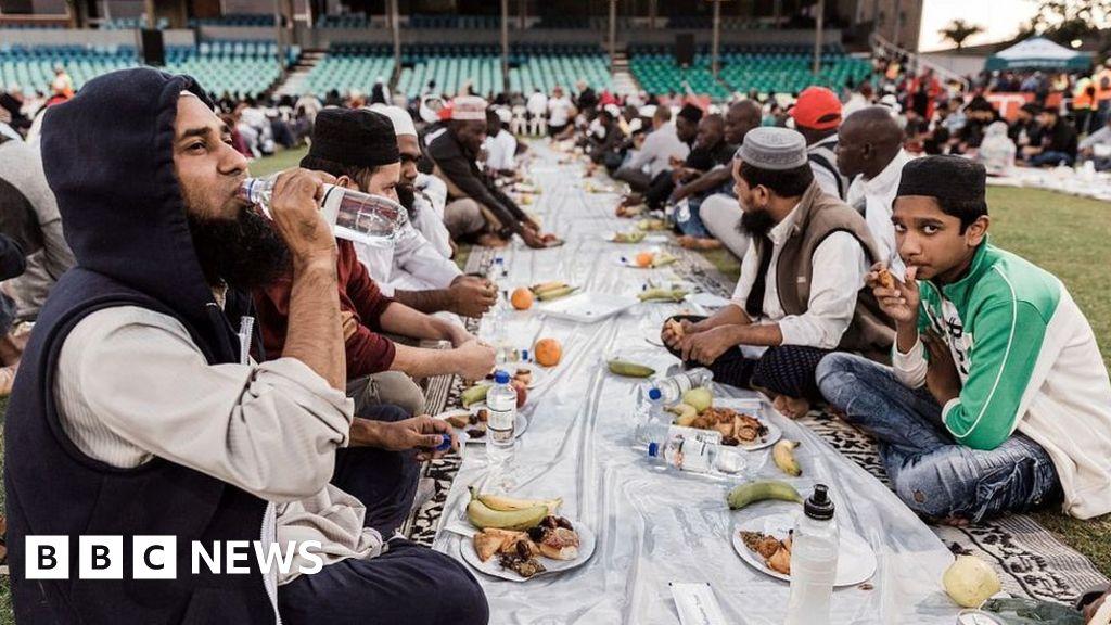 Ramadan: Fasting safely during coronavirus crisis