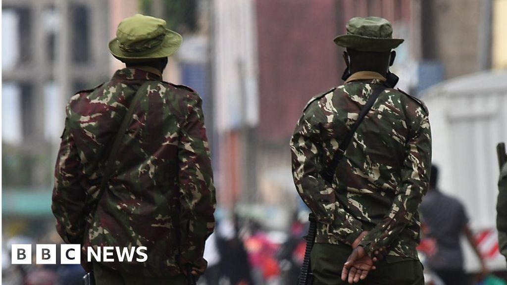 Photo of Kenyan police kill three after face mask row