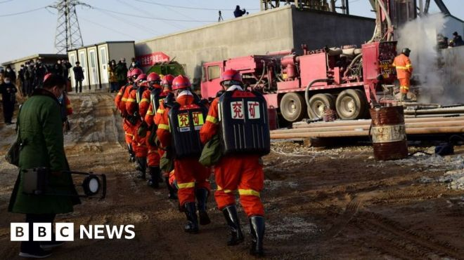 Trapped Chinese miners say thanks for medicine, call for sausages #world #BBC_News